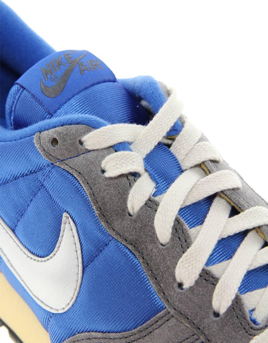 Nike V Series Sneakers1